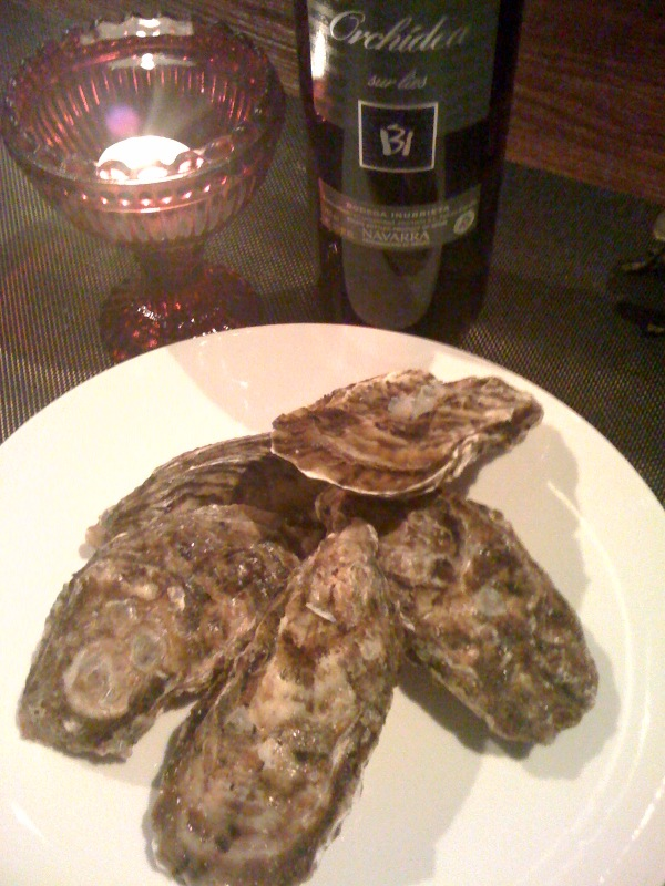 美味しい蛎と白ワイン